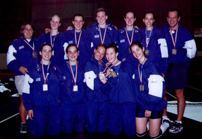 1999 sport volleyball fille medaille or